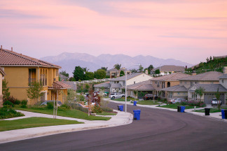 Recently built homes are seen in suburban neighborhoods on top of the San Andreas Rift Zone, the system of depressions in the ground between the parallel faults of the San Andreas earthquake fault, May 15, 2008 in the community of Highland, east of San Bernardino, California.