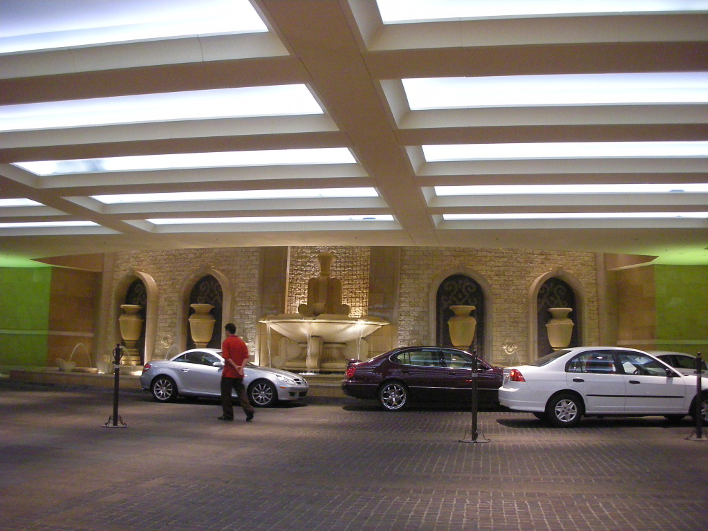 Valet parking in the Palazzo, Las Vegas.