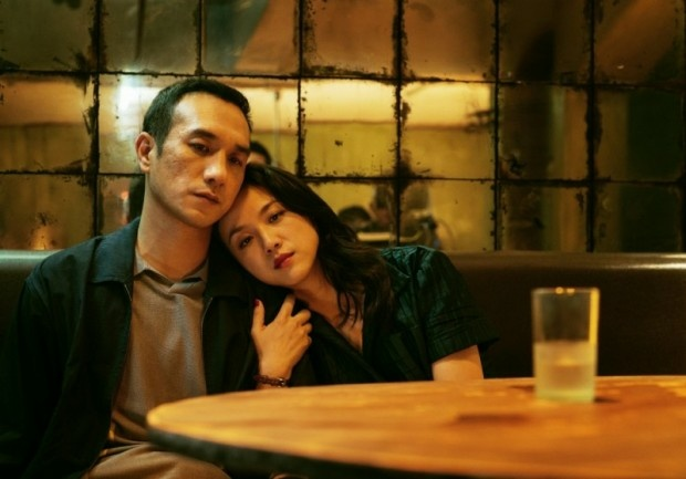 Jue Huang and Wei Tang in 'Long Day's Journey into Night (2018)