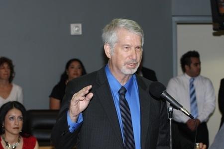 LAUSD school board member Bennett Kayser represents district 5.