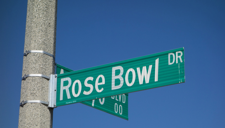 Corner of Rose Bowl Drive and Arroyo Blvd