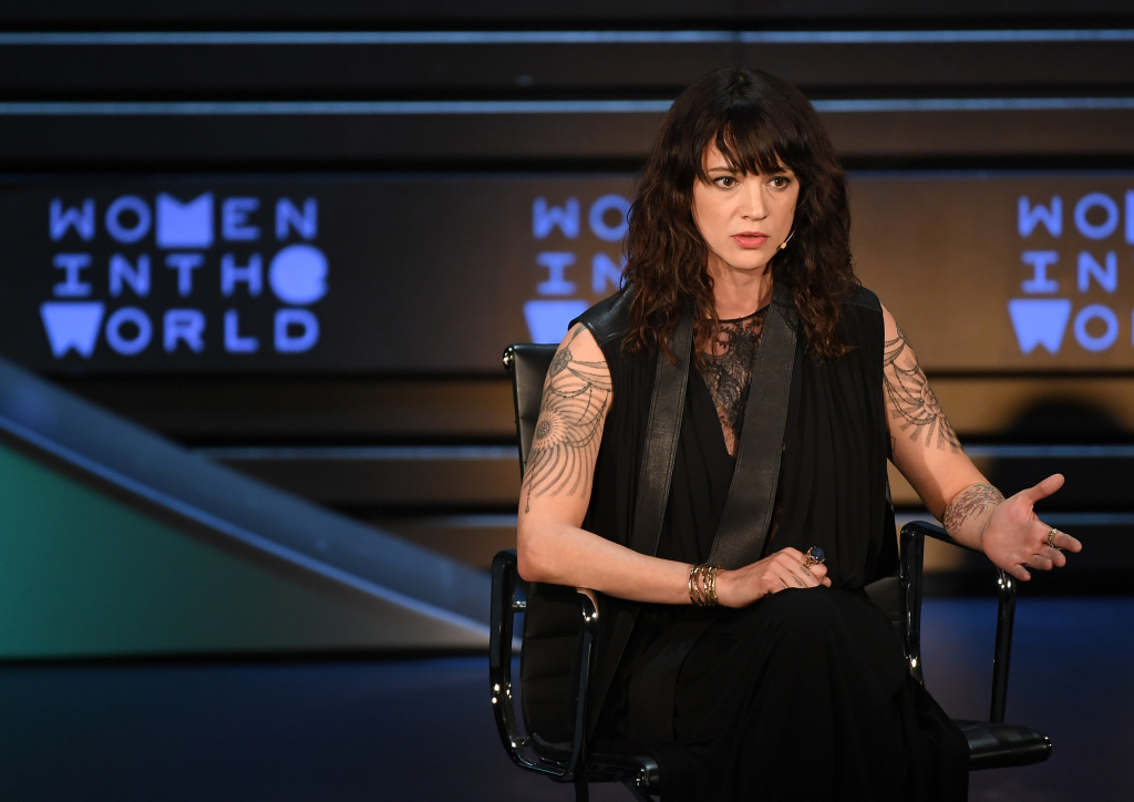 Actor/director Asia Argento speaks onstage at the 2018 Women In The World Summit at Lincoln Center on April 12, 2018 in New York City.  / AFP PHOTO / ANGELA WEISS        (Photo credit should read ANGELA WEISS/AFP/Getty Images)