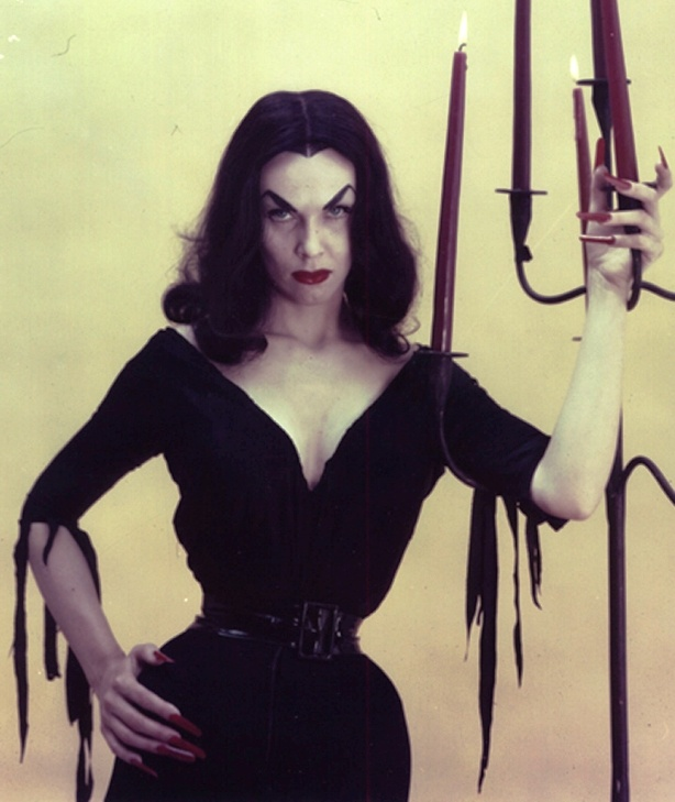 Maila Nurmi as Vampira.