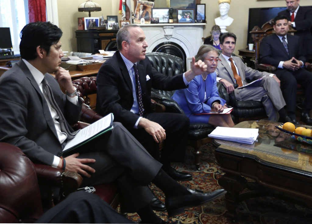 State Sen. President Pro Tem Darrell Steinberg, D-Sacramento, second from left, discusses Gov. Jerry Brown's education plans, during a Capitol news conference in Sacramento, Calif.,  Thursday, April 25, 2013.