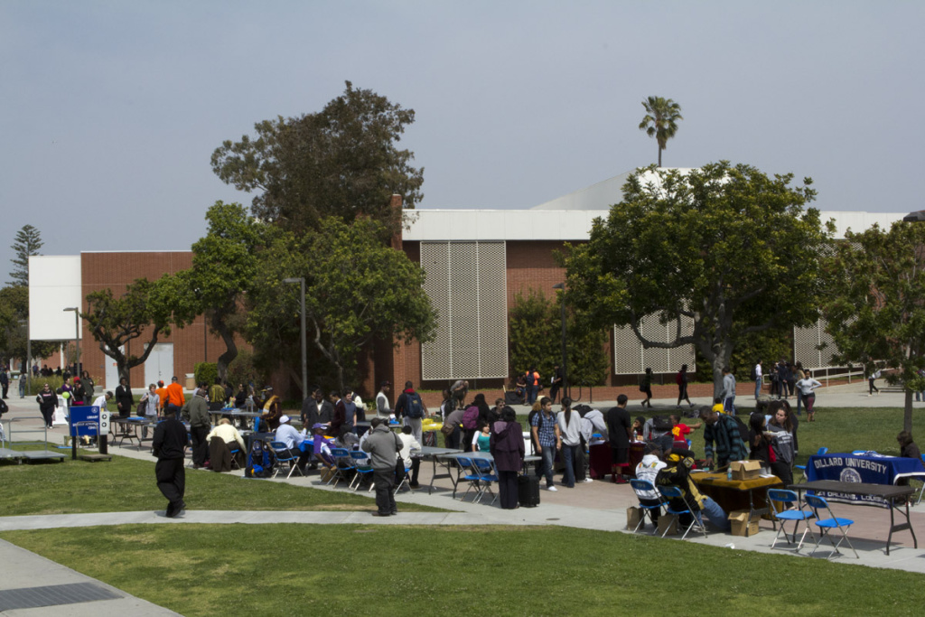 Students from both El Camino College and the Compton Center campus meet with admissions representatives in this file photo.