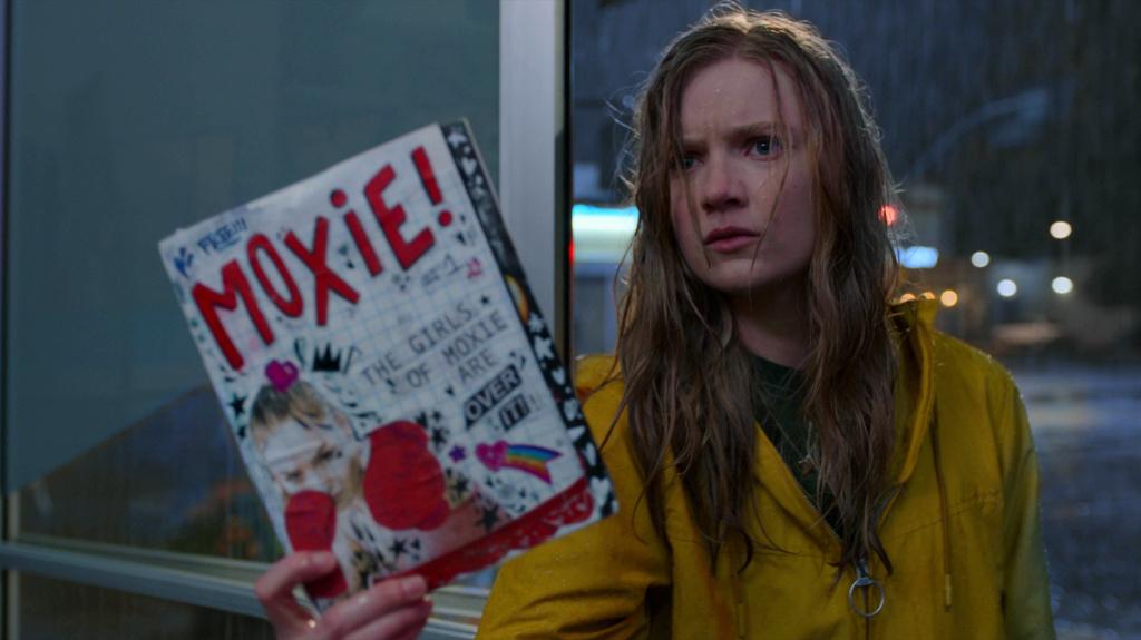 Hadley Robinson as Vivian in <em>Moxie</em>.
