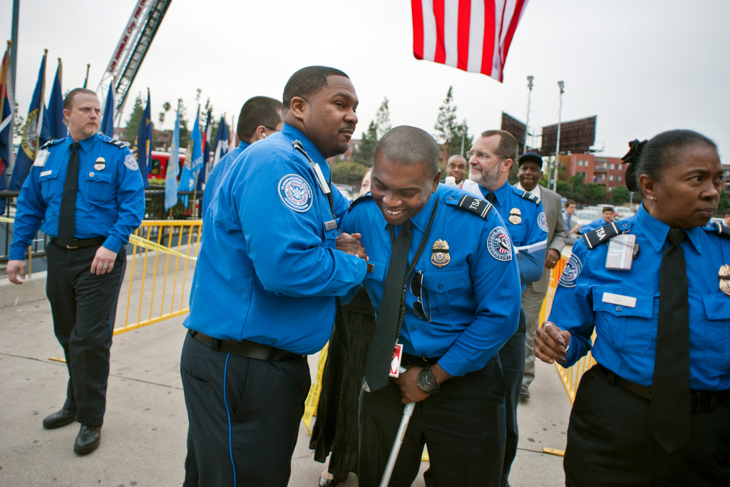 public memorial held for tsa officer killed in lax shooting 893 kpcc