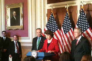U.S. Senator Dianne Feinstein and fellow Democrats unveil immigration framework in Washington D.C., April 29, 2010.