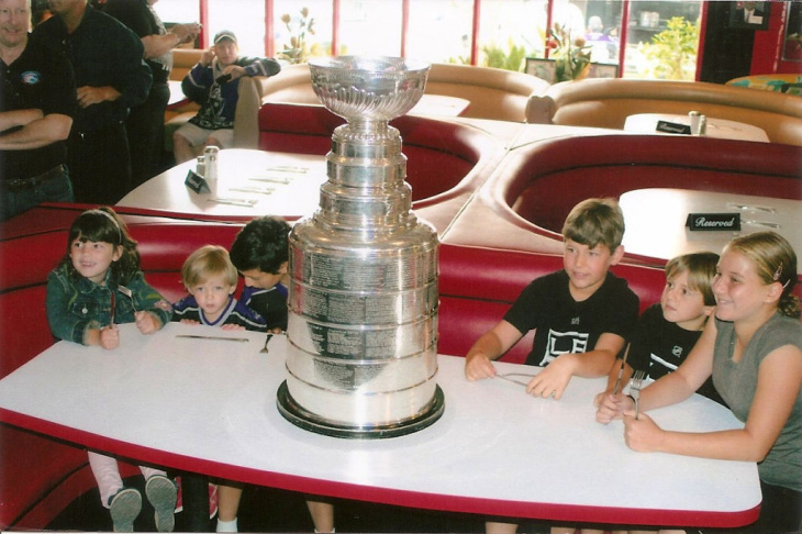 The Stanley Cup arrives at the Redondo Beach Café