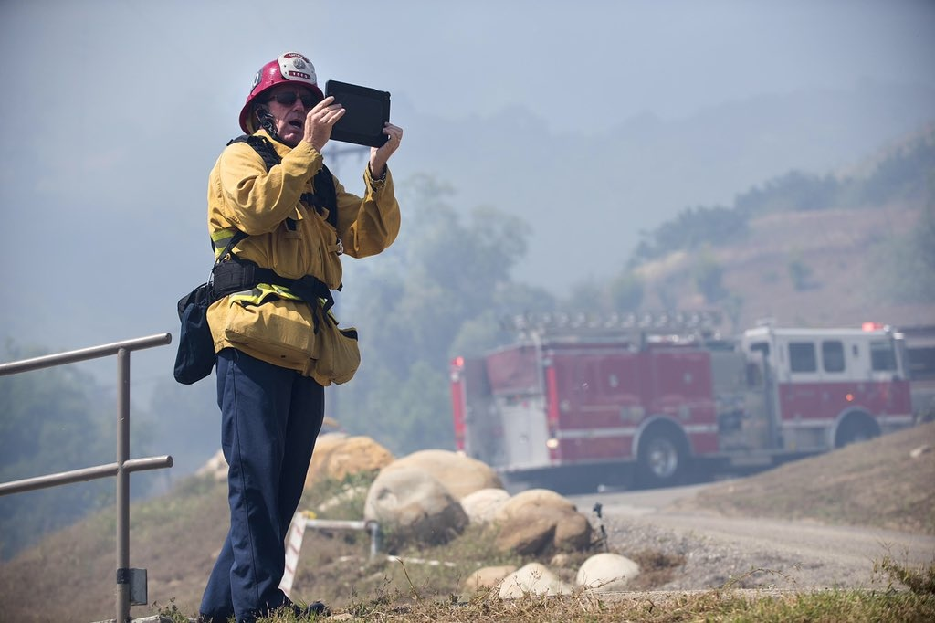 File: Ventura County Fire Department crews respond to the Casitas Fire on Thursday, April 28, 2016.