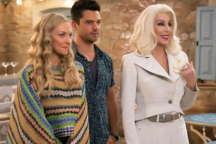 (L-R) Amanda Seyfried, Dominic Cooper and Cher star in Universal Pictures' MAMMA MIA! HERE WE GO AGAIN.