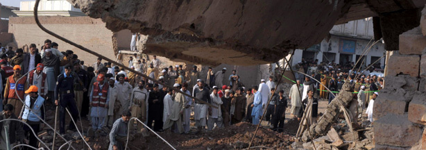 An attack on a Shiite Muslim mosque took place in the city of Peshawar, killing fifteen people.