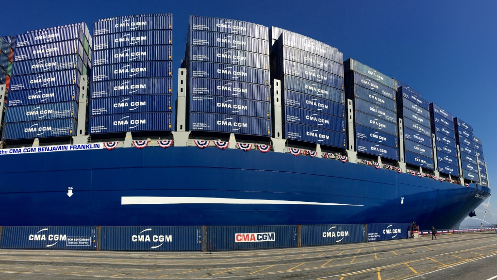 Largest Cargo Ship >> Slideshow Photos From Inside One Of The World S Largest Cargo Ships