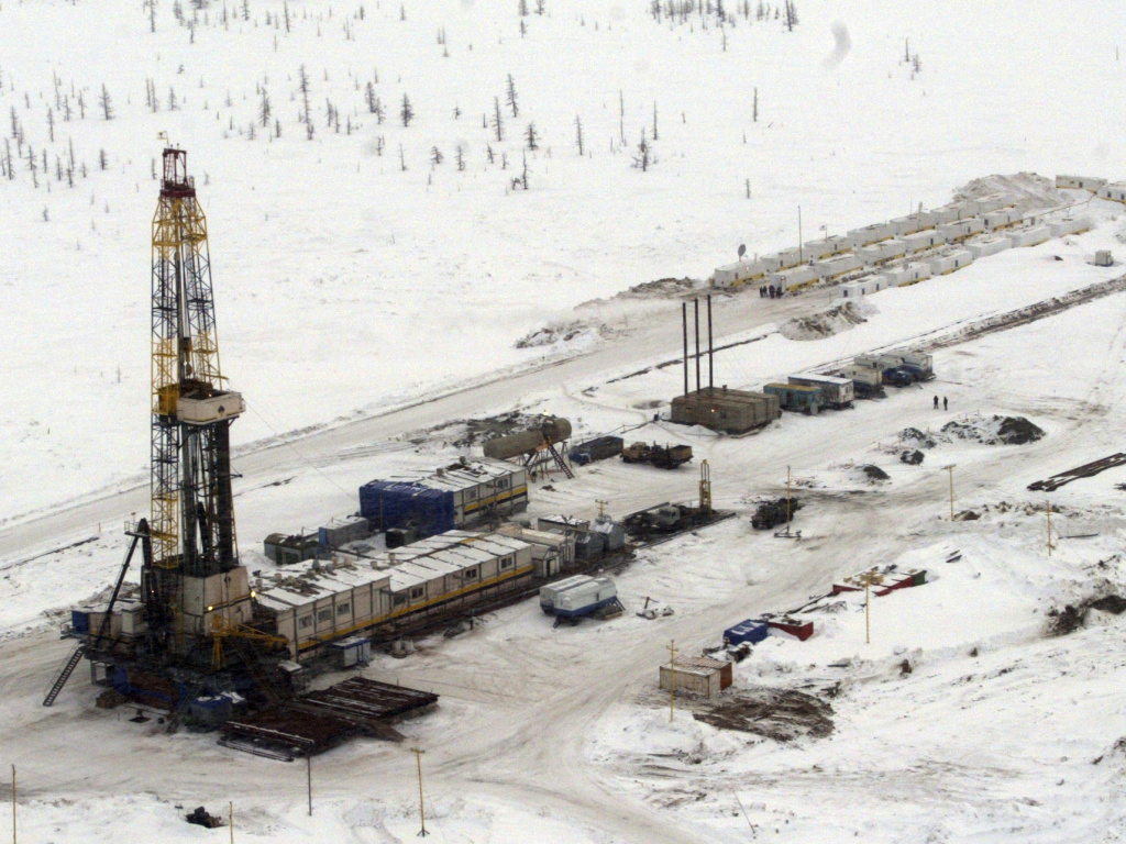 A Rosneft oil rig at the Vankor oil field in eastern Siberia. Russia is already feeling the pinch of low oil prices.