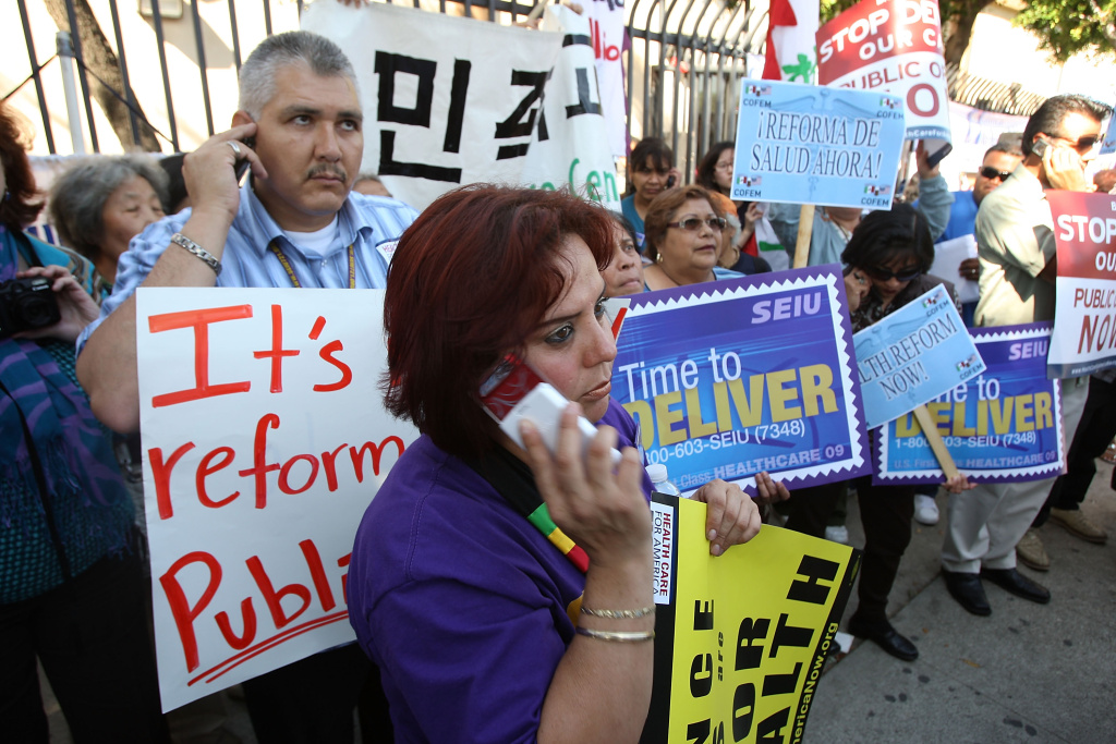 Health care workers from SEIU urge health care reform in Los Angeles.