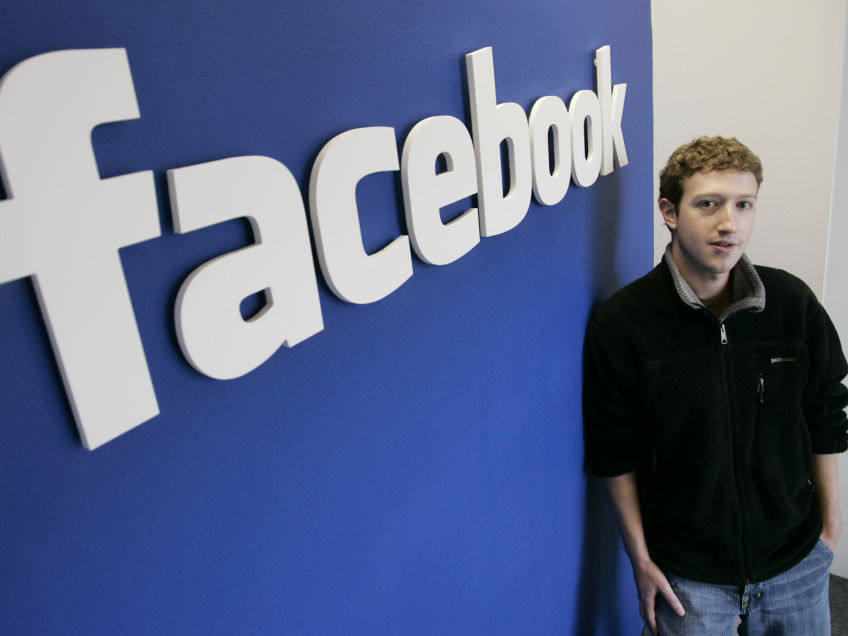 Facebook co-founder and CEO Mark Zuckerberg poses at Facebook headquarters in 2007. The company has since become a rare great investment for big-time venture capital.