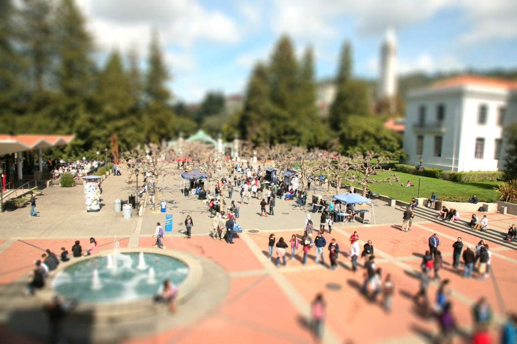 Students walk across the campus of UC Berkeley
