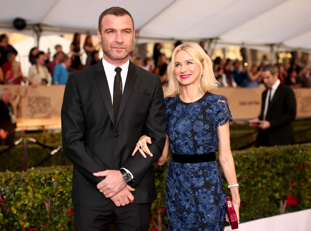 LOS ANGELES, CA - JANUARY 30:  Actors Liev Schreiber (L) and Naomi Watts attend The 22nd Annual Screen Actors Guild Awards at The Shrine Auditorium on January 30, 2016 in Los Angeles, California.