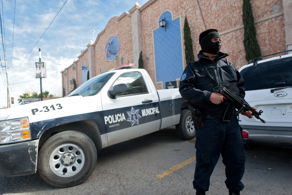 Why has there been a sharp decline in violent crimes in Ciudad Juarez?