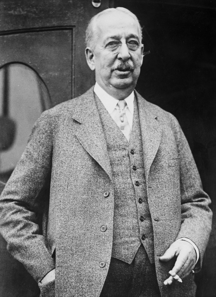 Inventor King Camp GiIlette (1855 - 1932) who began selling his disposable safety razors in 1903.
