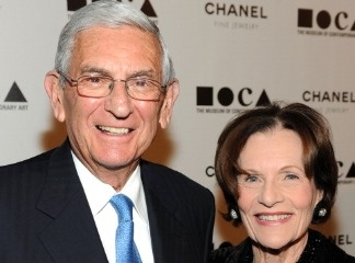 MOCA Gala Chair Eli Broad and wife Edythe Broad arrive at 'The Artist's Museum Happening' MOCA Los Angeles Gala sponsored by Chanel Fine Jewelry held at MOCA Grand Avenue