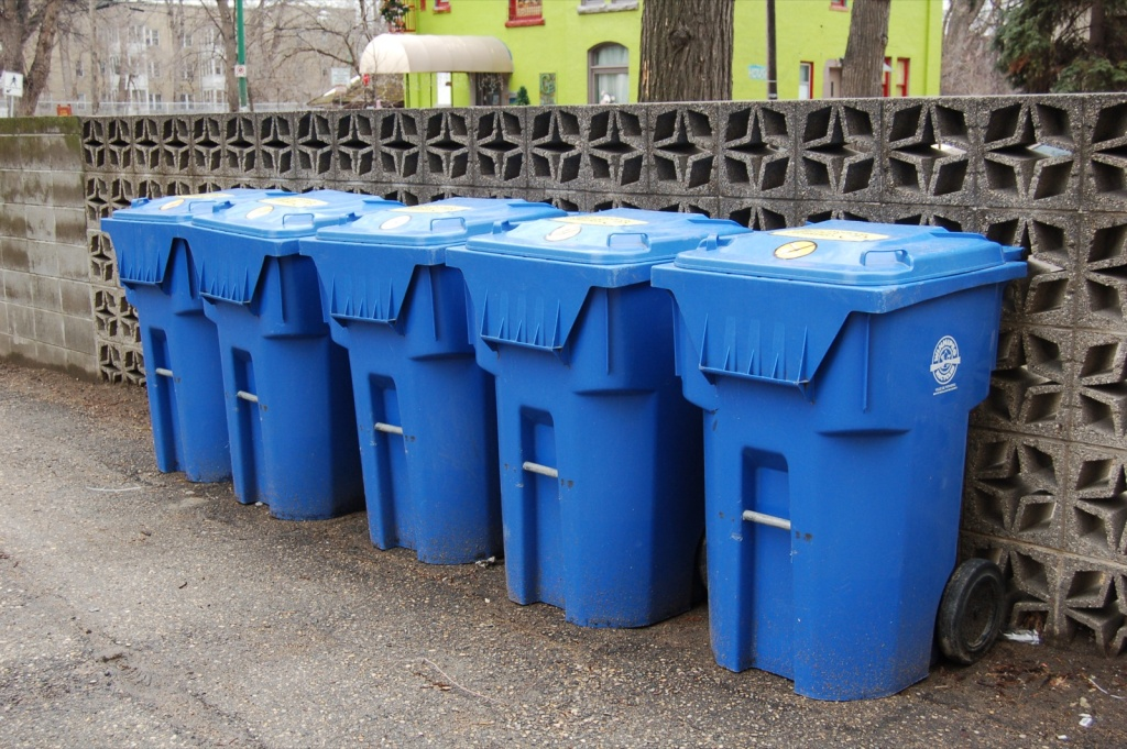 More La Apartment Buildings Will Be Able To Recycle 89 3