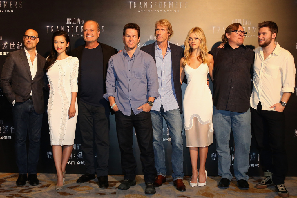 Stanley Tucci, Li Bingbing, Kelsey Grammer, Mark Wahlberg, Director Michael Bay, Nicola Peltz, Lorenzo di Bonaventura and Jack Reynor pose at the photo call for the worldwide premiere screening of