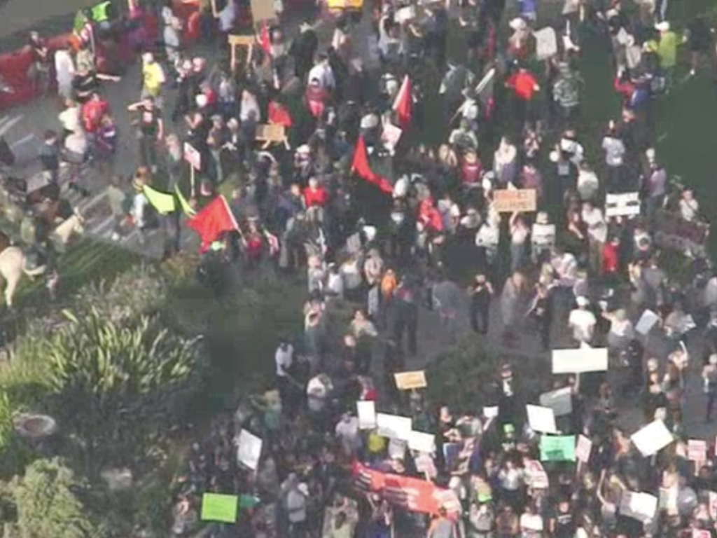 An overhead shot from NBC4's helicopter of an anti-immigration rally held on Sunday, August 20, 2017 in Laguna Beach.