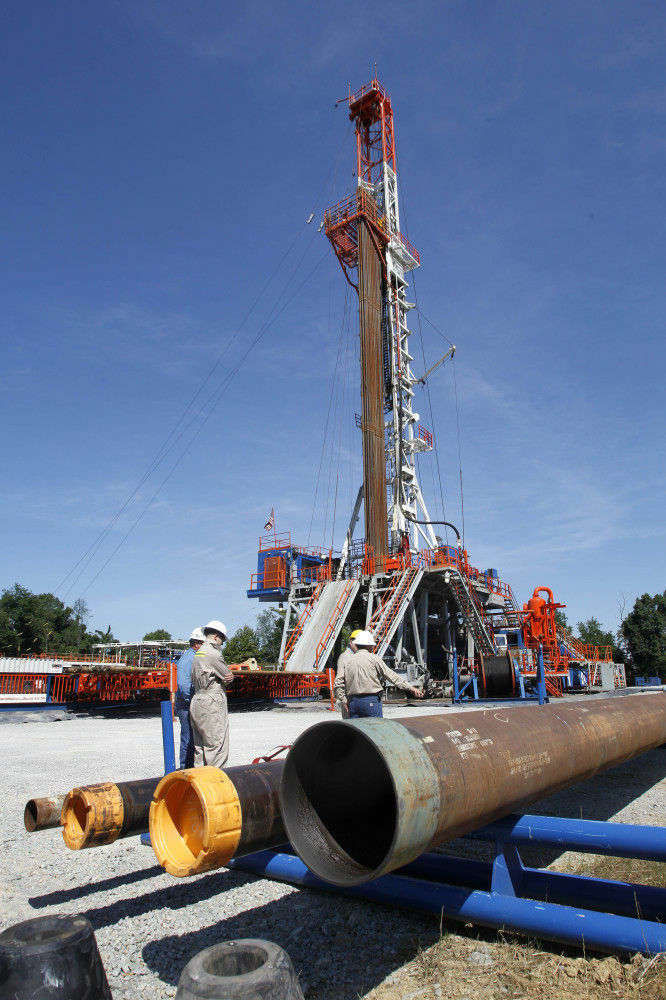 A rig in Washington, Pa., drills into shale rock to extract natural gas.