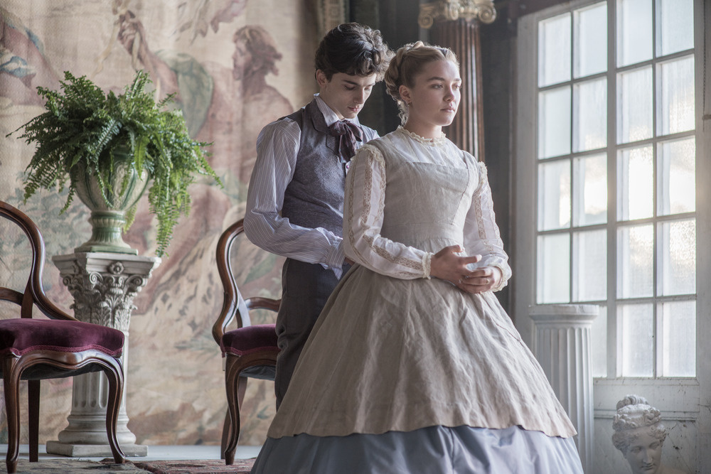 Florence Pugh and Timothee Chalamet star in 'Little Women.'