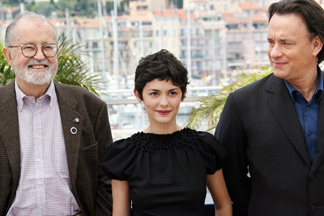 (From L) US producer John Calley, French actress Audrey Tautou and Us actor Tom Hanks pose during the photocall for US director Ron Howard's film The Da Vinci Code at the 59th edition of the Cannes Film Festival in Cannes, Southern France, 17 May 2006.