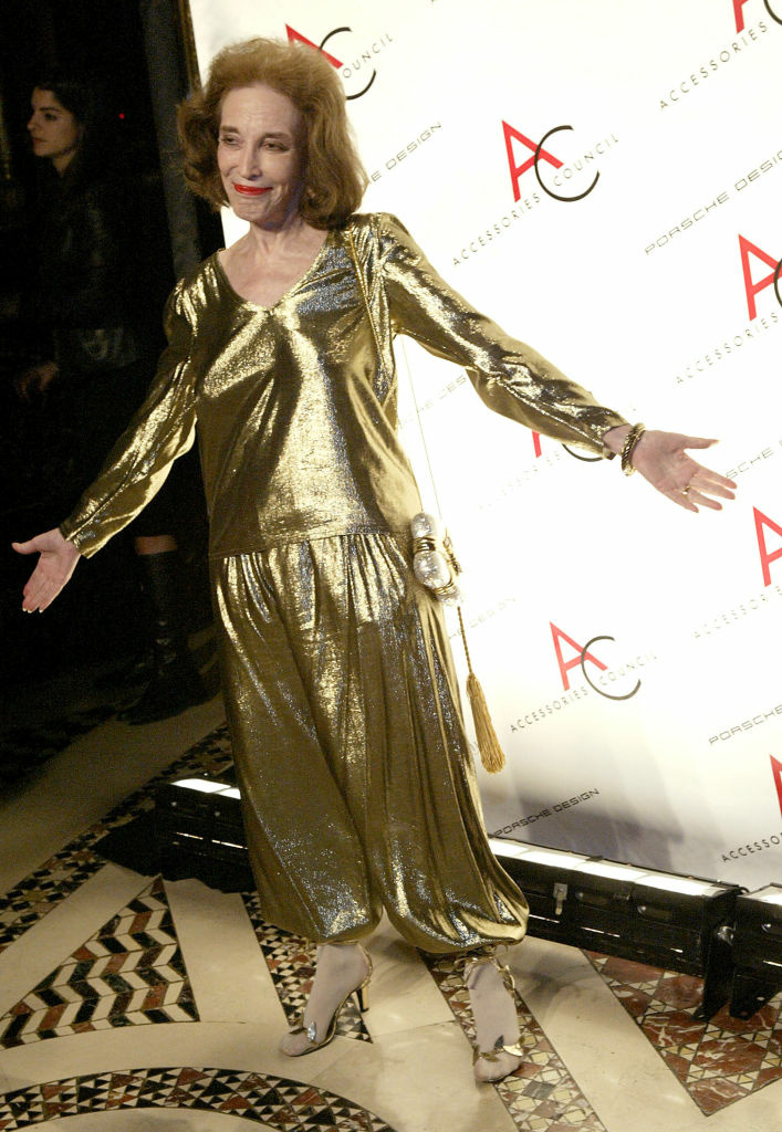 NEW YORK - NOVEMBER 1: Helen Gurley Brown arrives for the 2004 ACE Awards on November 1, 2004 at Cipriani 42nd street, in New York City.