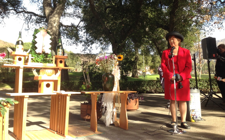 Rev. Alfred Tsuyuki performs a Shinto Buddhist purification rite at the former Tuna Canyon Detention Station.