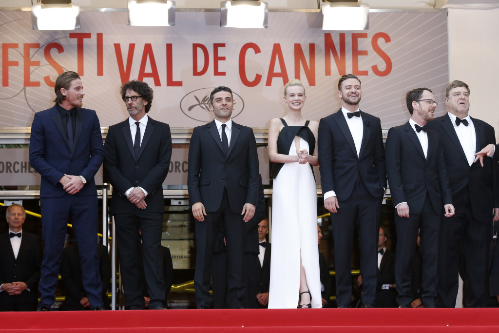 US actor Garrett Hedlund, director Joel Coen, actor Oscar Isaac, British actress Carey Mulligan, US actor and singer Justin Timberlake, director Ethan Coen and actor John Goodman pose on May 19, 2013 as they arrive for the screening of the film 'Inside Llewyn Davis' presented in Competition at the 66th edition of the Cannes Film Festival in Cannes. Cannes, one of the world's top film festivals, opened on May 15 and will climax on May 26 with awards selected by a jury headed this year by Hollywood legend Steven Spielberg.