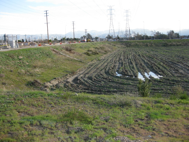 LADWP is doubling the capacity at its Tujunga Spreading Grounds by deepening it.