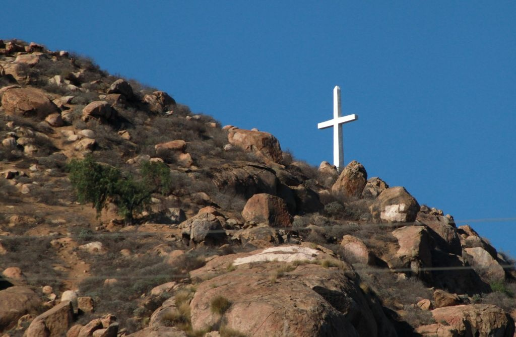 The towering Christian cross atop Riverside's Mount Rubidoux.