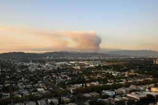 Smoke rises from two brush fires in the Angeles National Forest northeast of downtown Los Angeles on August 27, 2009.