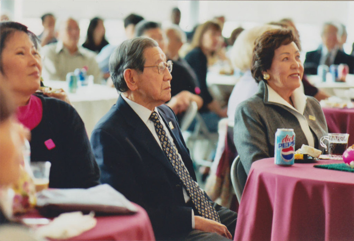 George Aratani at an event in 2004 at the Japanese American Museum in Los Angeles.