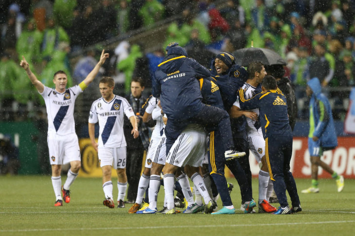 Los Angeles Galaxy v Seattle Sounders - Western Conference Championship - Leg 2