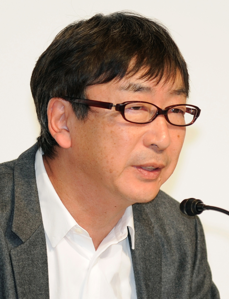Japanese architect Toyo Ito makes a speech during a joint press conference for the 22th Praemium Imperiale Awards in Tokyo on October 12, 2010. Ito won the prize in the architecture category.