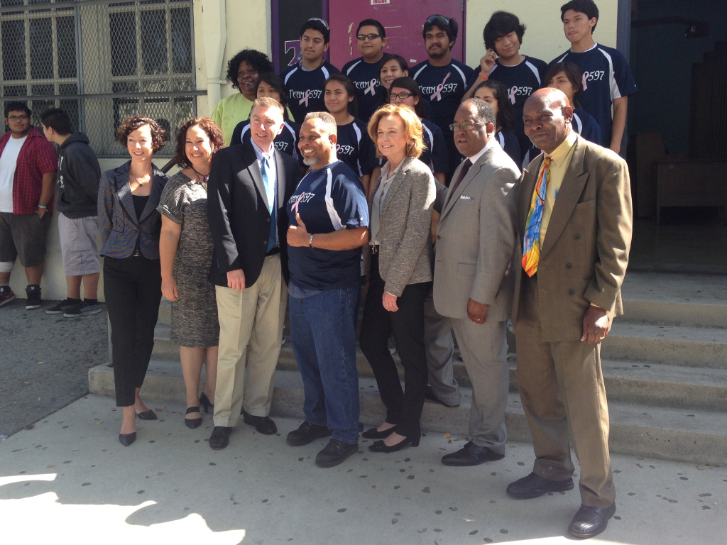 Staff and students from the James A. Foshay Learning Center pose with Superintendent John Deasy, Megan Chernin and Supervisor Mark Ridley-Thomas on March 17, 2014.