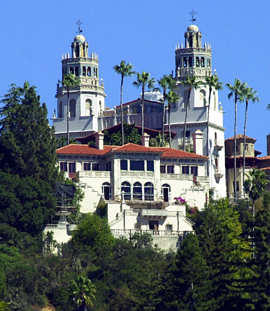 "This file photo shows ""La Cuesta Encantada,"" The Enchanted Hill, the legendary home now best known as Hearst Castle, built by publishing tycoon William Randolph Hearst in San Simeon, Calif."
