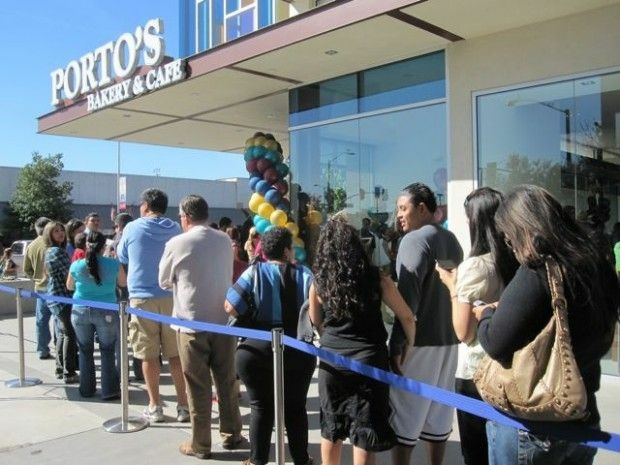The grand-opening line at at the new Porto's in Downey, November 9, 2010