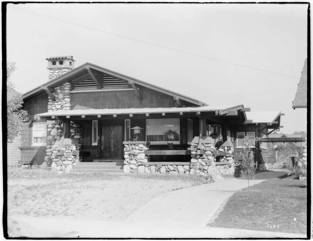 Exterior view of W.K. Mace's Craftsman-style bungalow, South Pasadena, ca.1900.