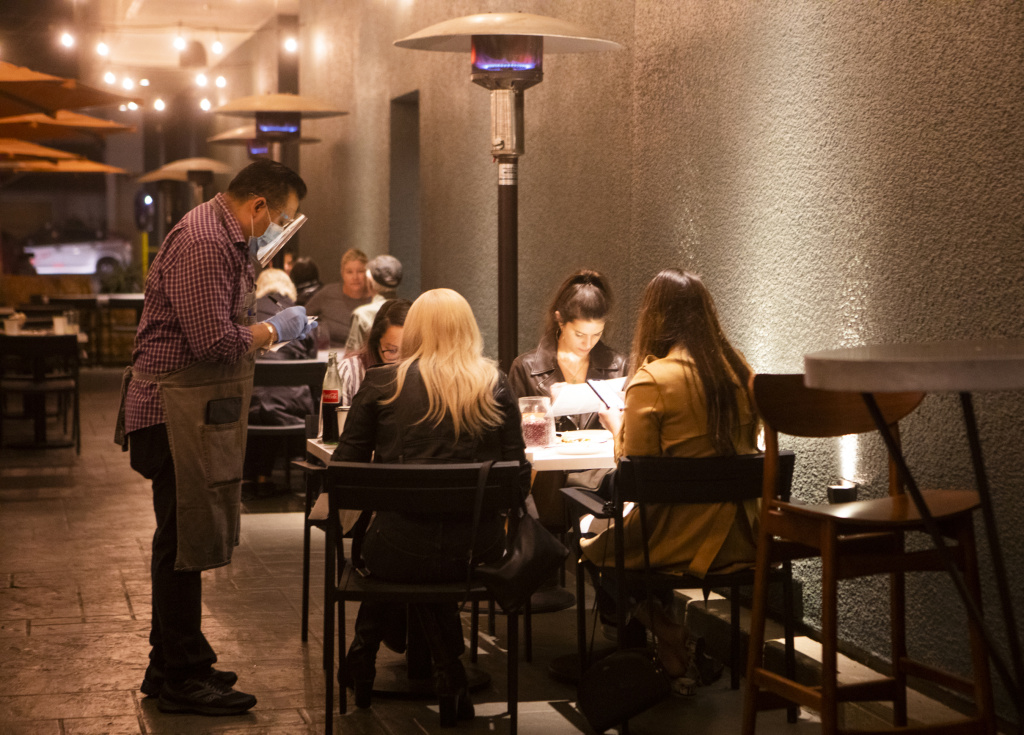 Diners on the patio of Socalo restaurant in Santa Monica 2020, during the pandemic
