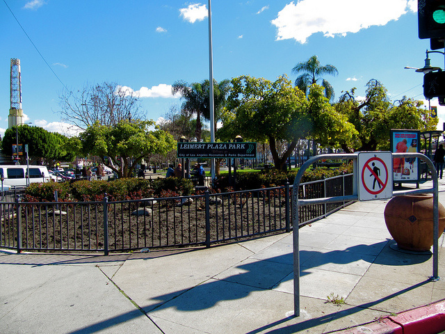 Image of Leimert Plaza Park.