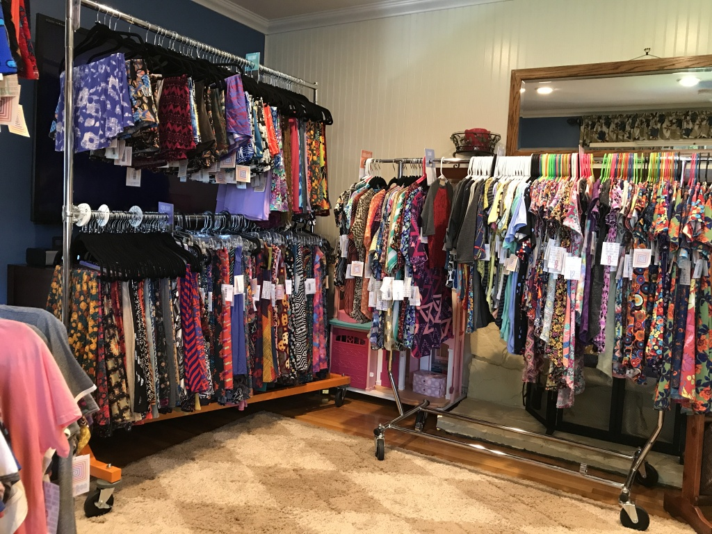 3b513cded0ab89 Slideshow: LuLaRoe: SoCal's $1 billion clothing company with an ace up its  sleeve | 89.3 KPCC