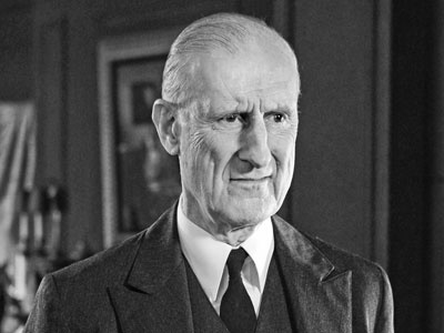 James Cromwell plays Clifton in