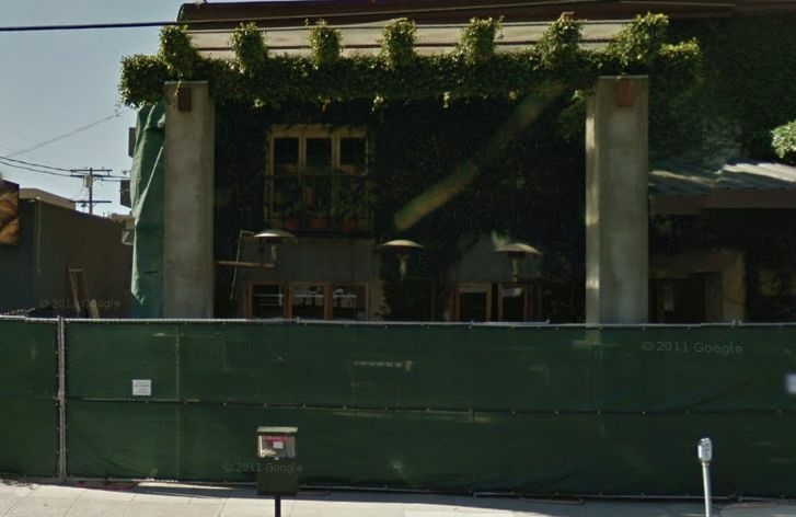 Google Street View snapshot of the soon-to-be restaurant's exterior in May 2011