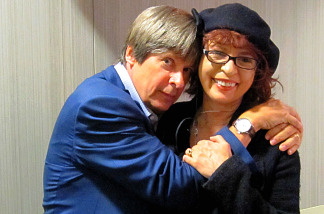 Humor columnist Dave Barry sits down with Patt